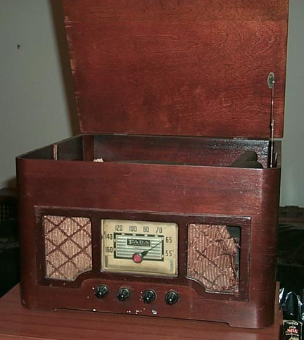 Fada Radio Phono Combo